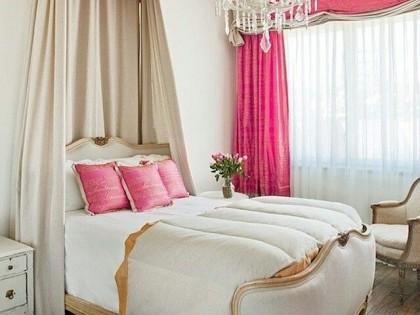 {bedroom beauty} Romantic Headboards & Beds