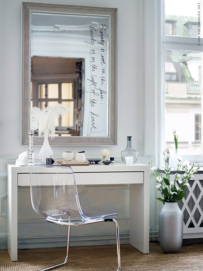 Decor Ideas: Text Written on Mirrors