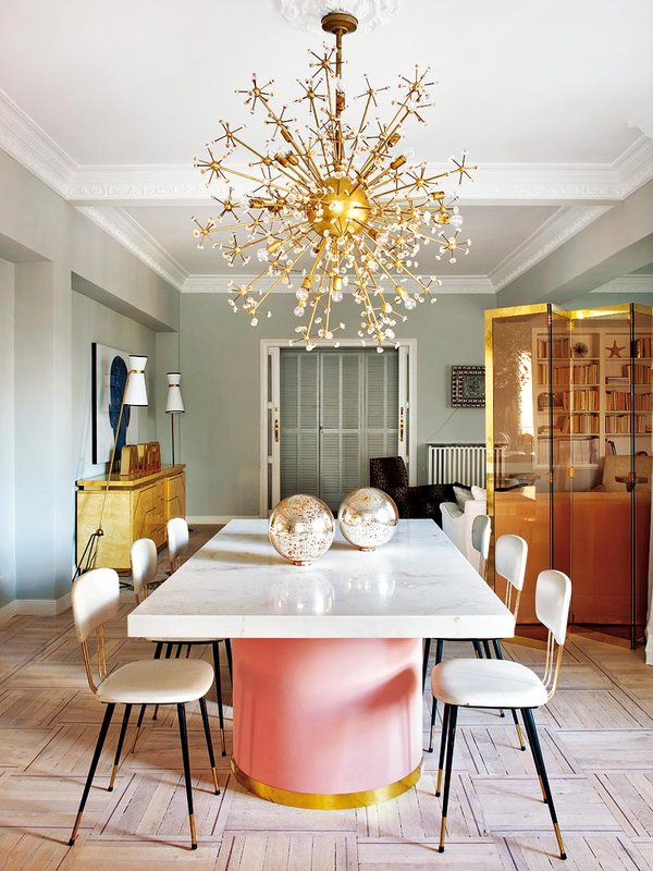 Starburst chandelier inside Madrid dining room