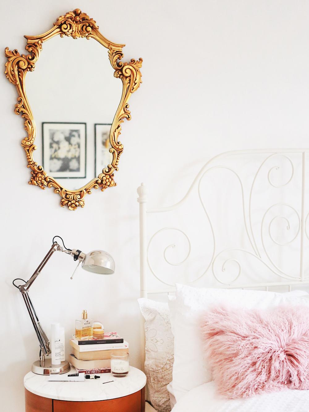 Kate La Vie's Bedside