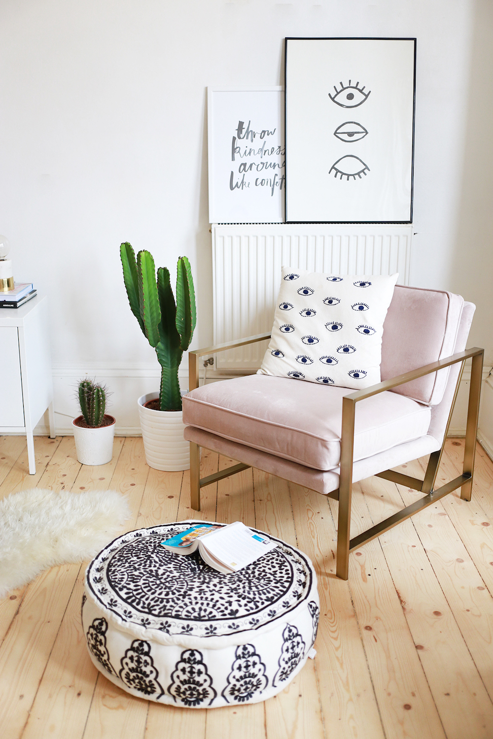 {styled space} Kate La Vie's Gorgeous Pink & White Apartment