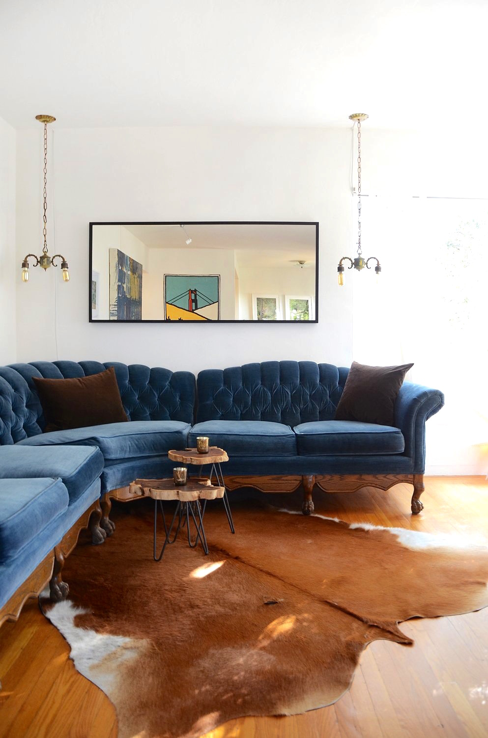 Blue Velvet Sofa Esteban Cortez / Apartment Therapy