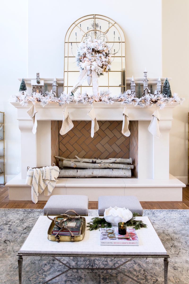 Winter White Amp Holiday Red Two Christmas Decor Themes From Rachel Parcell