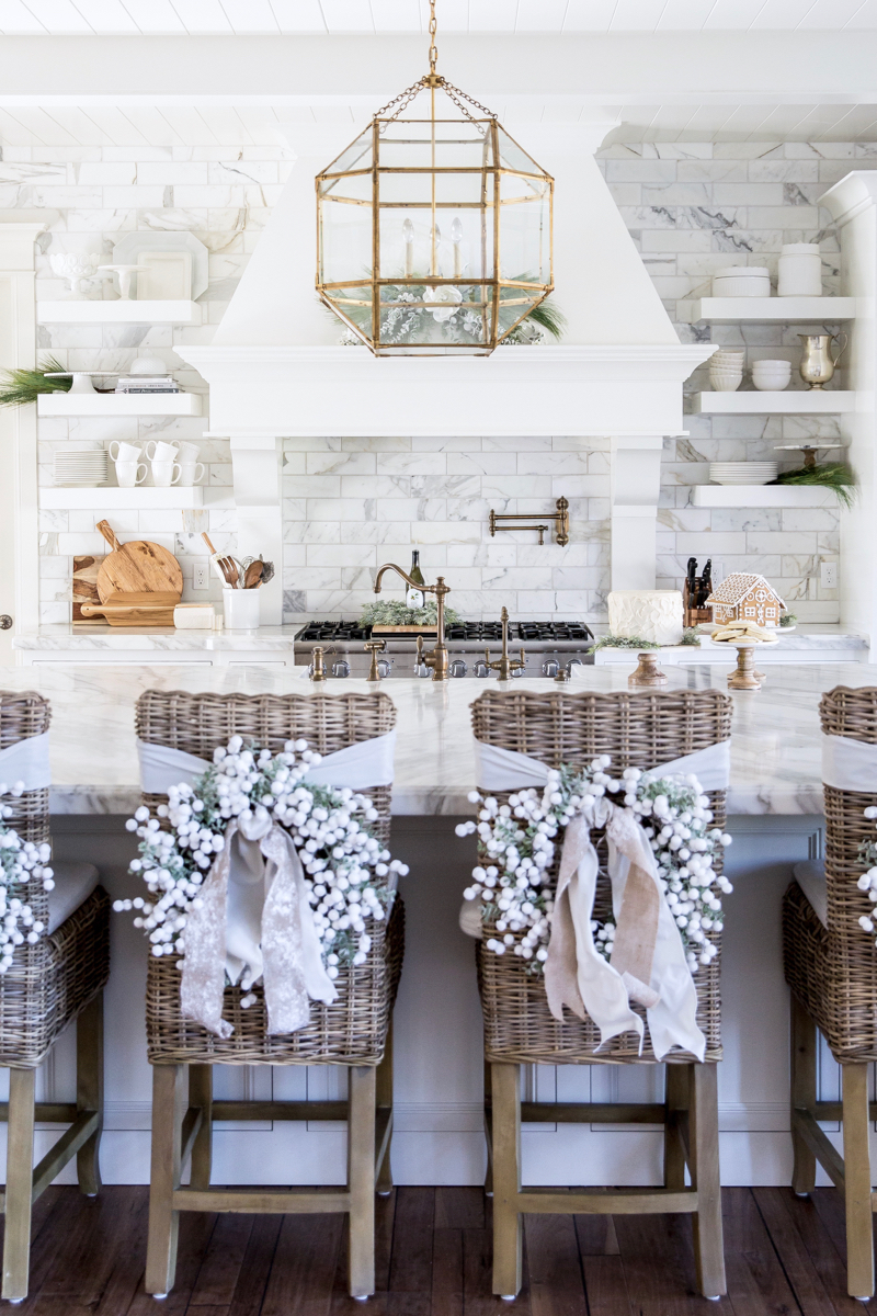 Winter White & Holiday Red | Two Christmas Decor Themes from Rachel ...