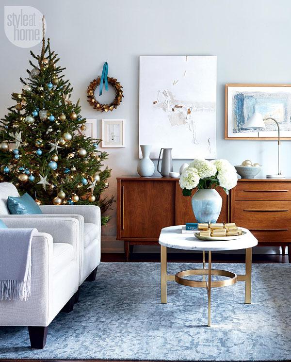 Baby Blue Christmas Tree width=