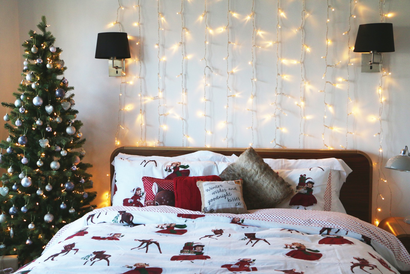 Christmas Bedroom via zoella.co.uk