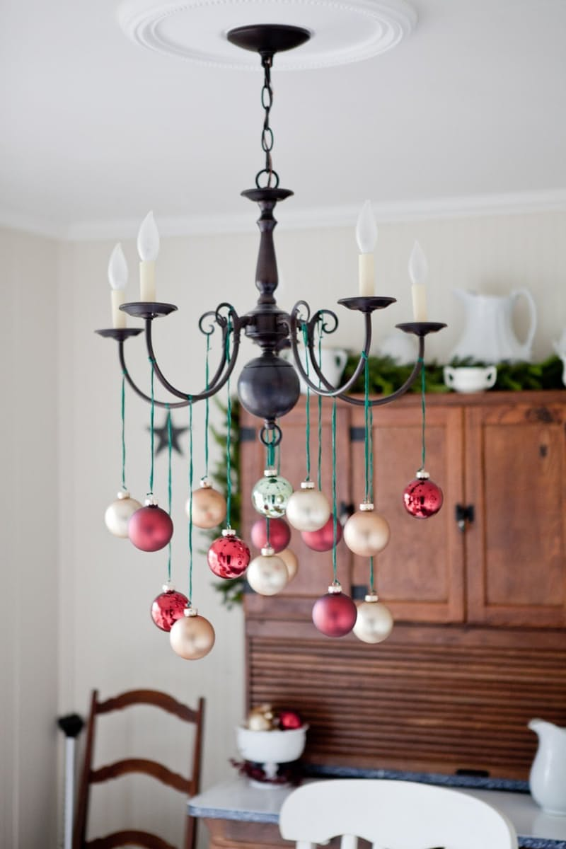 Easy Christmas Decor: Holiday Ornament Chandelier