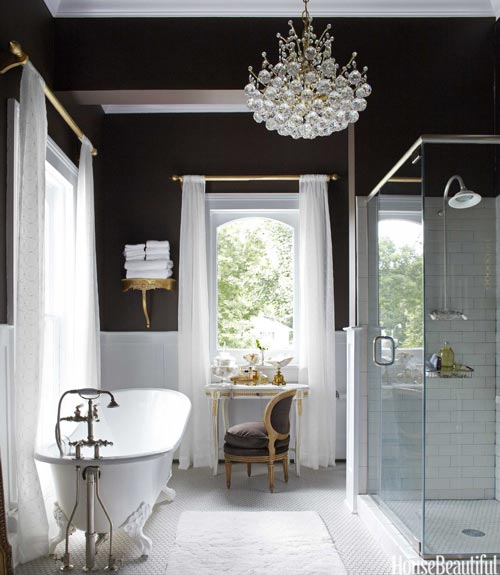 European Vintage Black Wall Bathroom