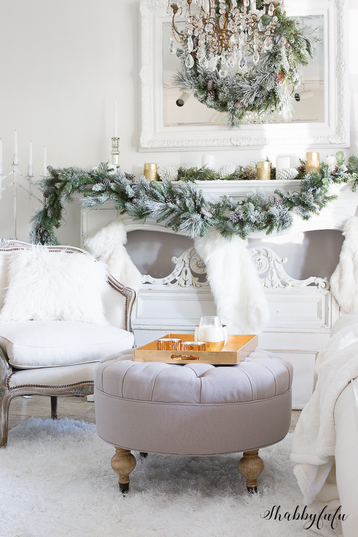 A Glamorous White Christmas Living Room via Shabbyfufu