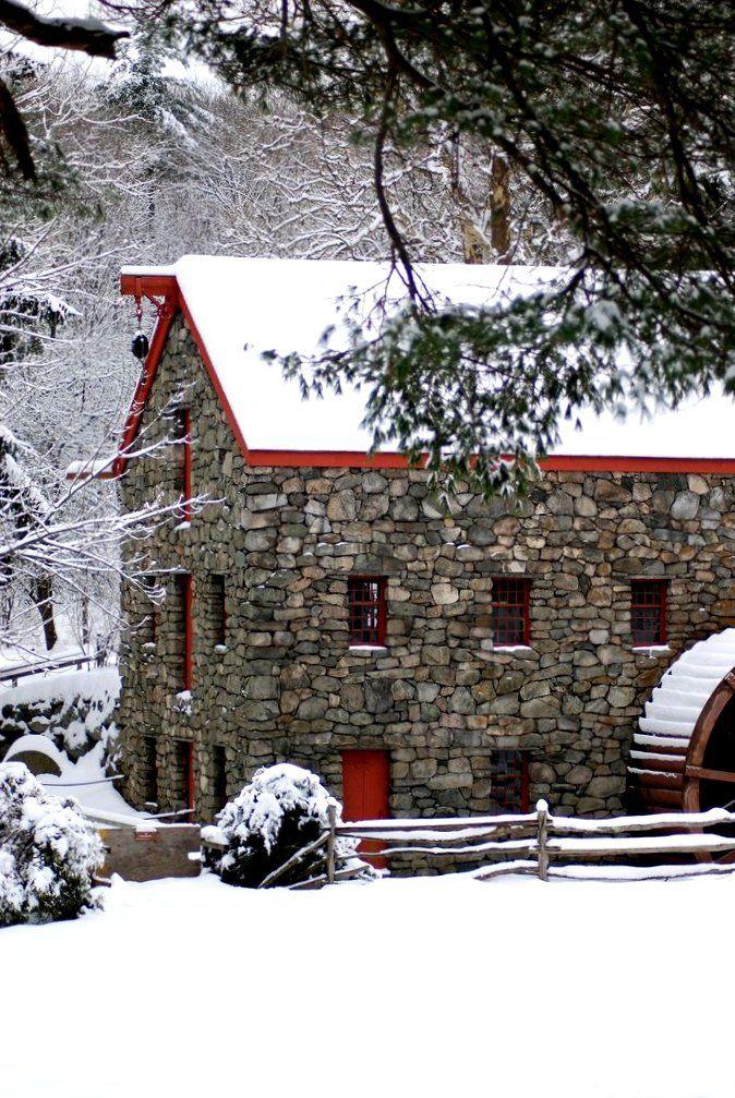 Grist Mill, Wayside Inn in Sudbury, Massachusetts