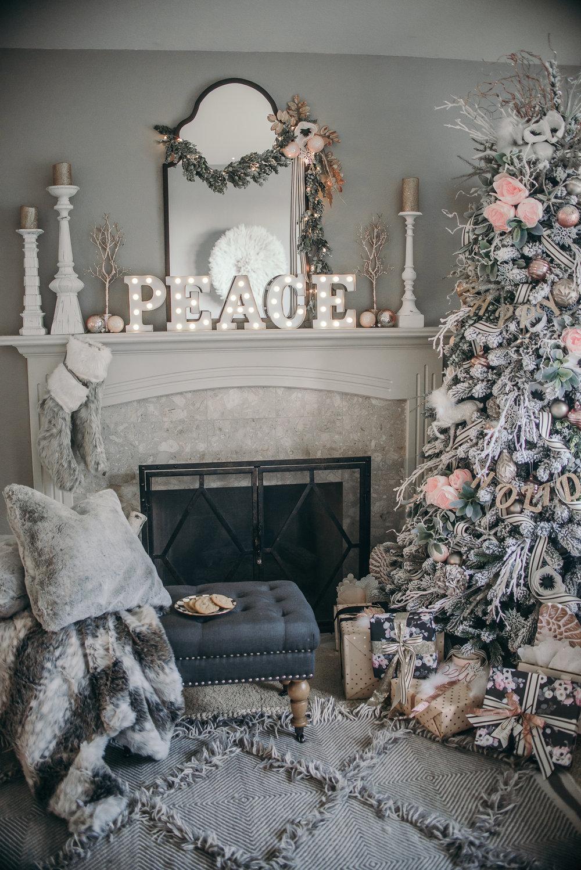 PEACE Letter Blocks, Easy Christmas Decor Ideas