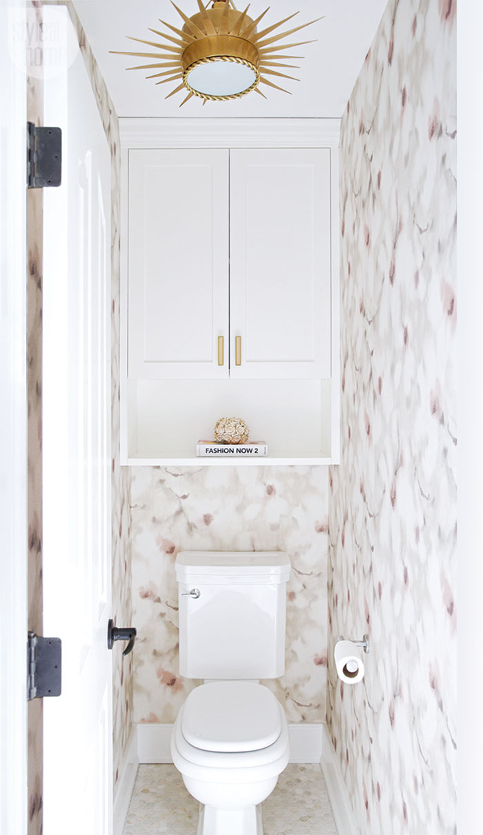 Bold Bathroom Colors That Make a Statement | HGTV's ...