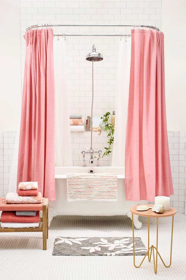 6 ways to decorate with pink in the bathroom for Ways to decorate a small bathroom
