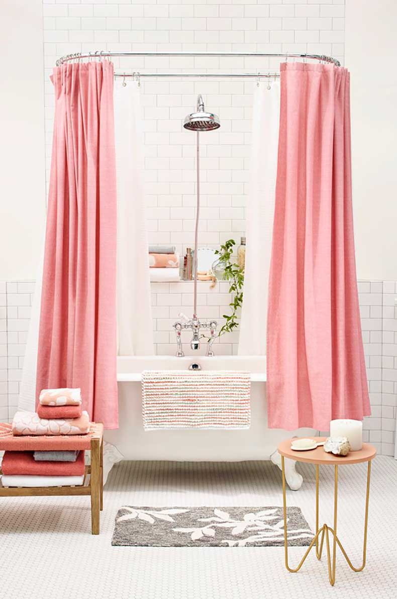 6 Ways To Decorate With Pink in the Bathroom