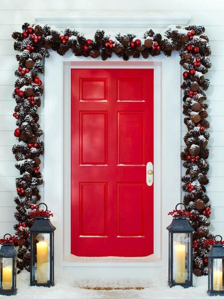 Red Door Christmas via BHG.com