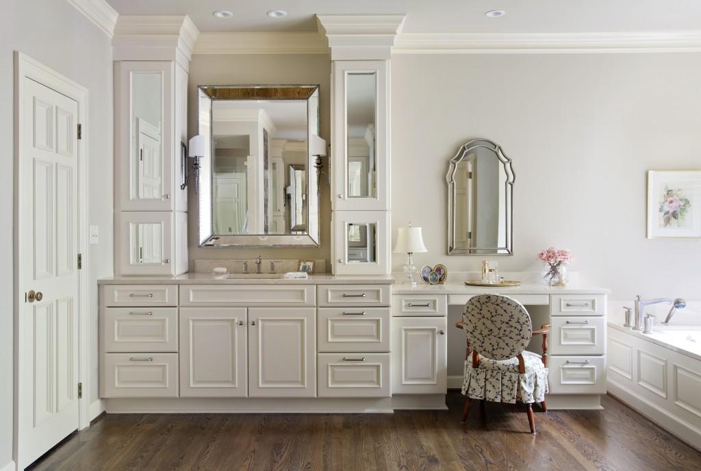 Classically Glamorous Bathroom