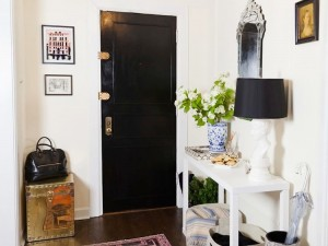 10 Essentials for Every Entryway