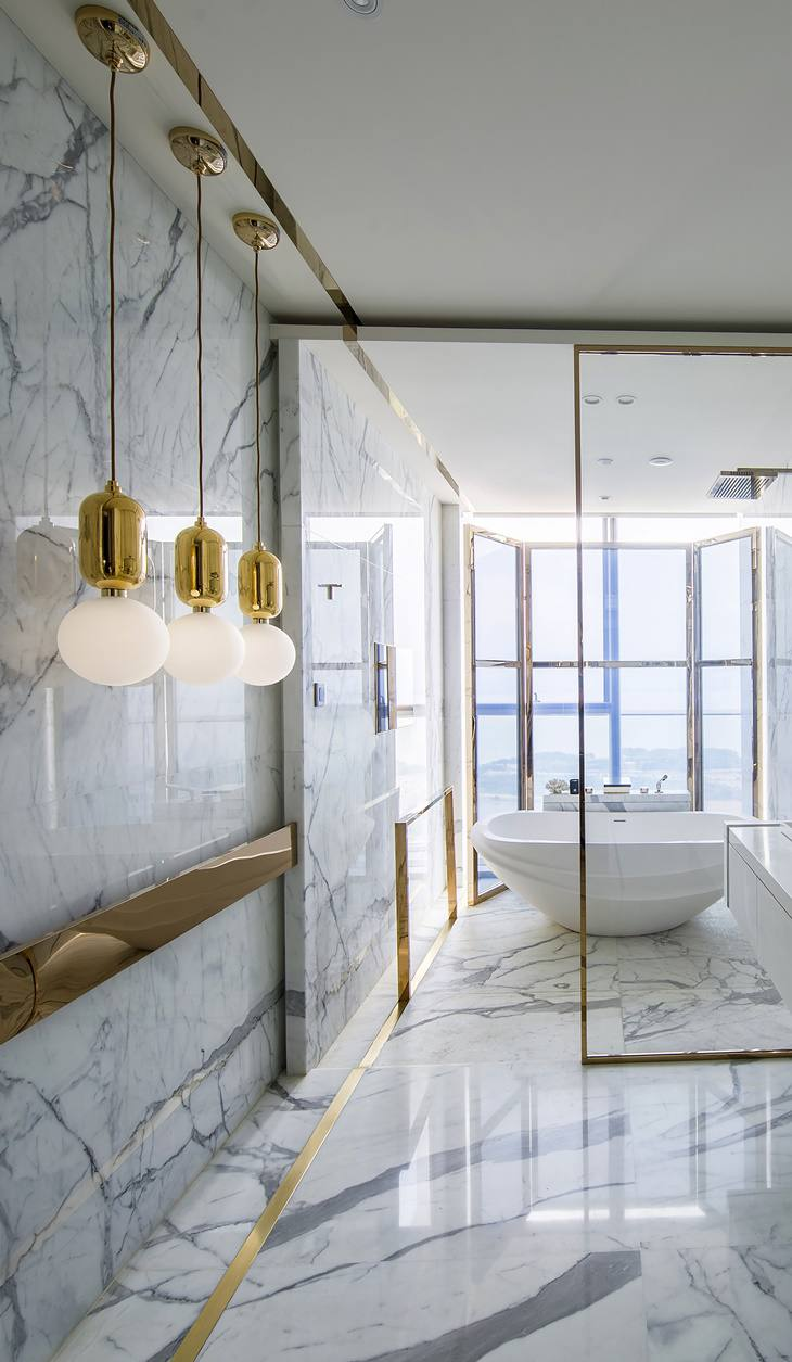 18 Gorgeous Marble Bathrooms with Brass & Gold Fixtures