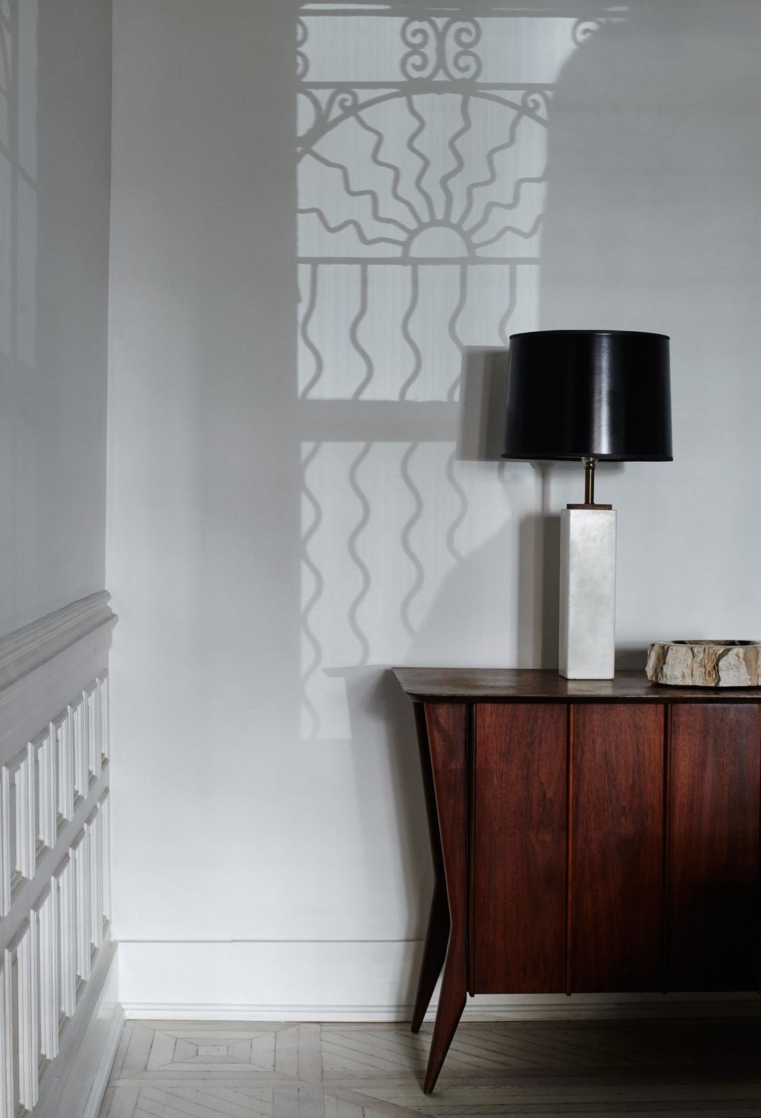 Minimal Brooklyn Retreat Dark Oak Sideboard and Black Lamp