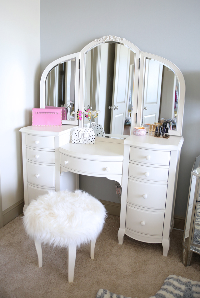 PB Teen white vanity via Southern Curls and Pearls