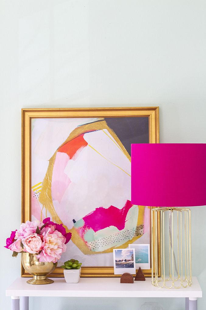 Pink lamp Entryway with Girly Abstract Art via dreamgreendiy.com