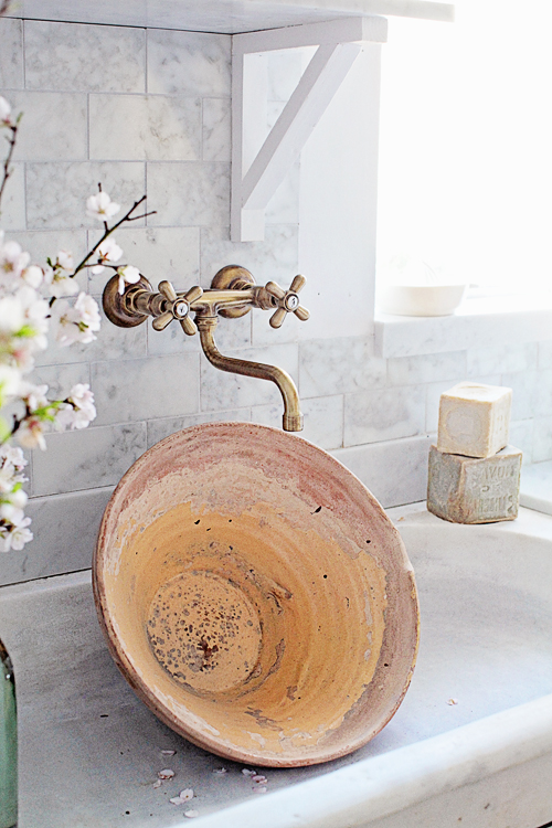 Rustic pot in french sink