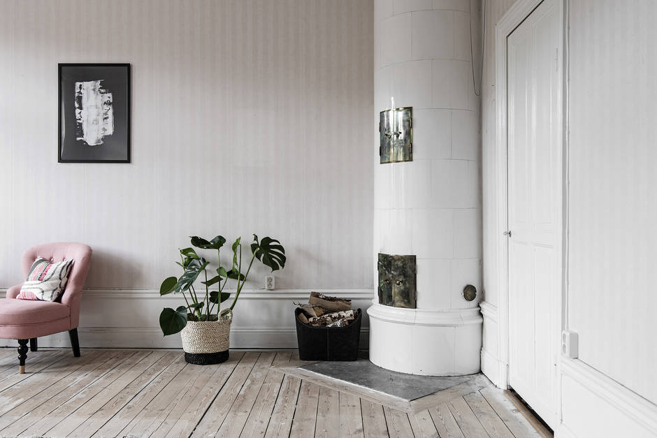 Vintage fireplace in Stockholm apartment