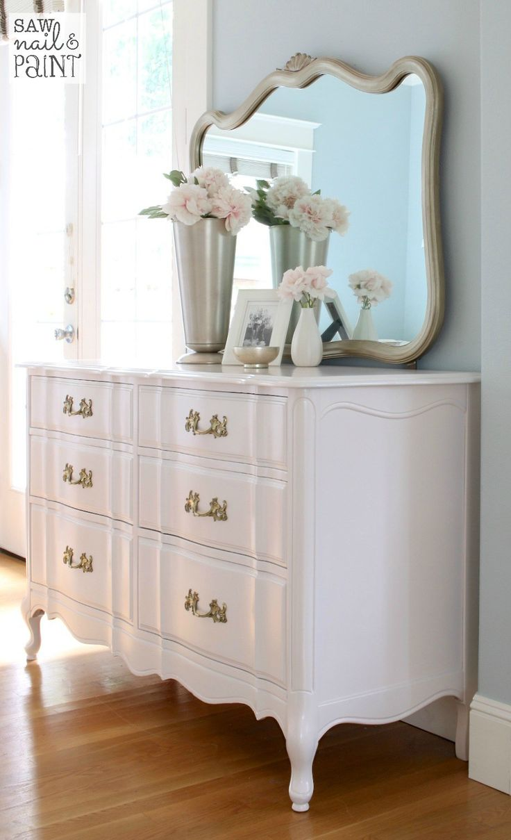 12 ultra glamorous vintage dressers for your home Antique bedroom dressers and chests