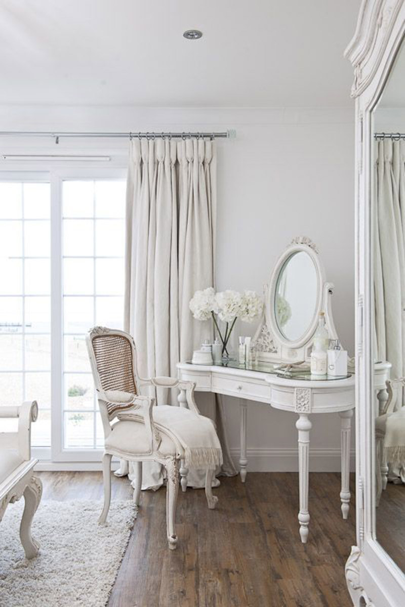 White antique-style vanity station
