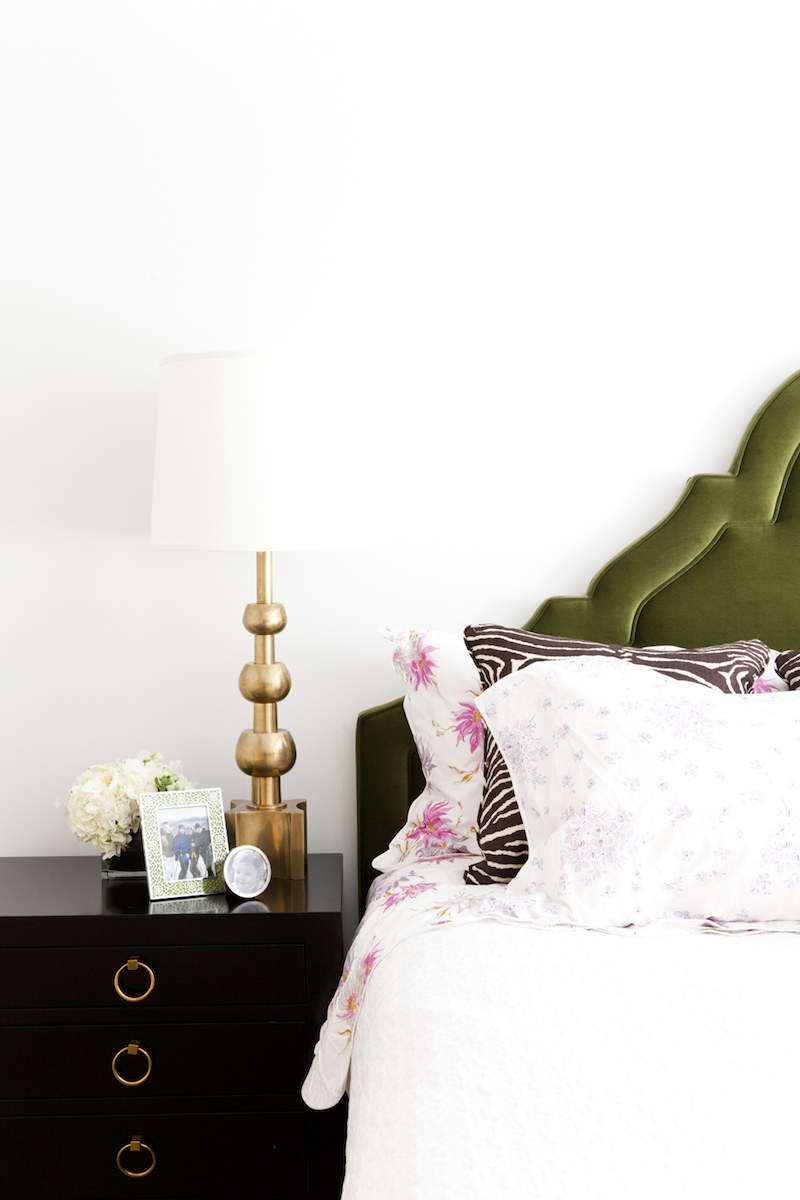 Black nightstand via Lilly Bunn Interiors