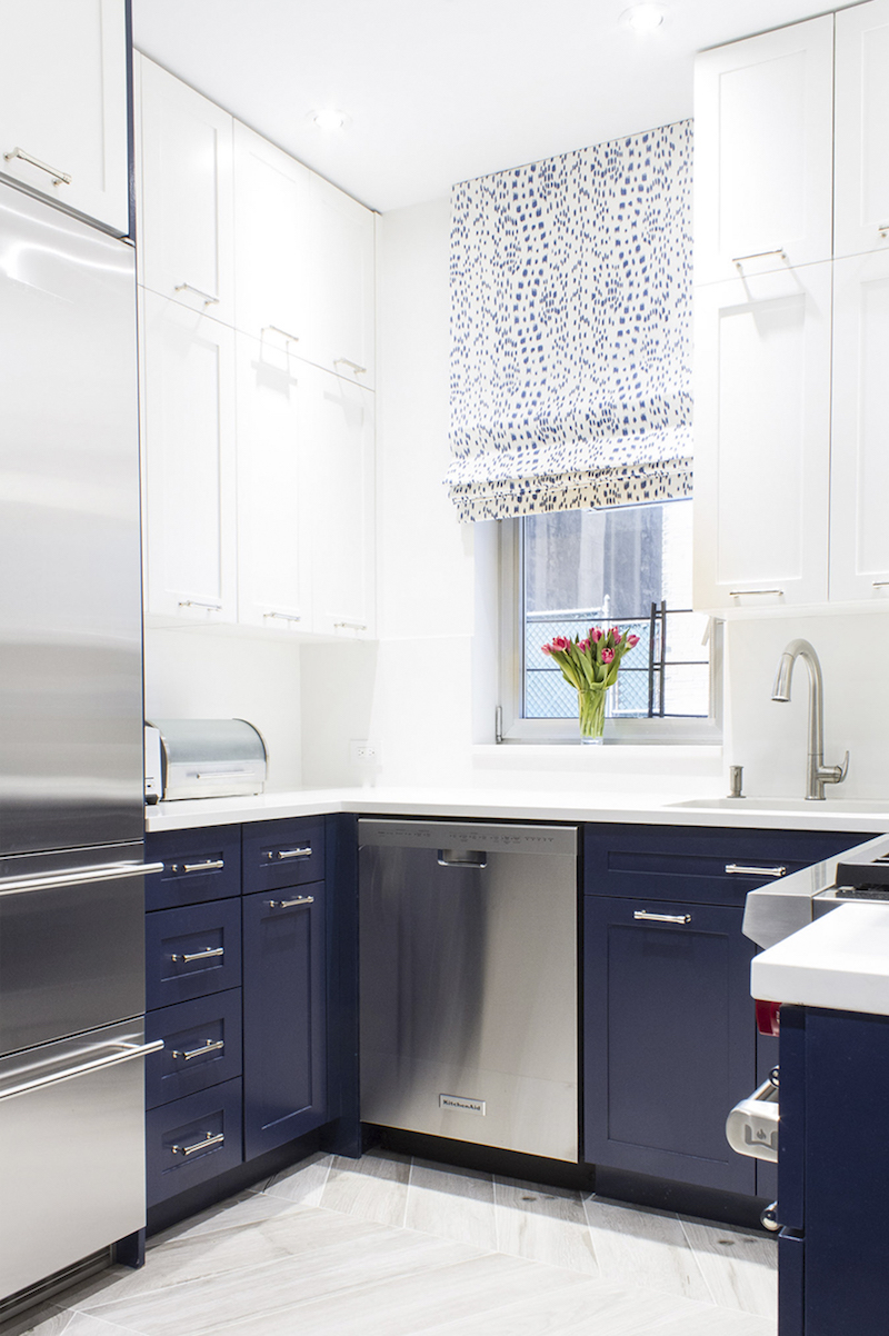 Blue cabinets kitchen via Lilly Bunn