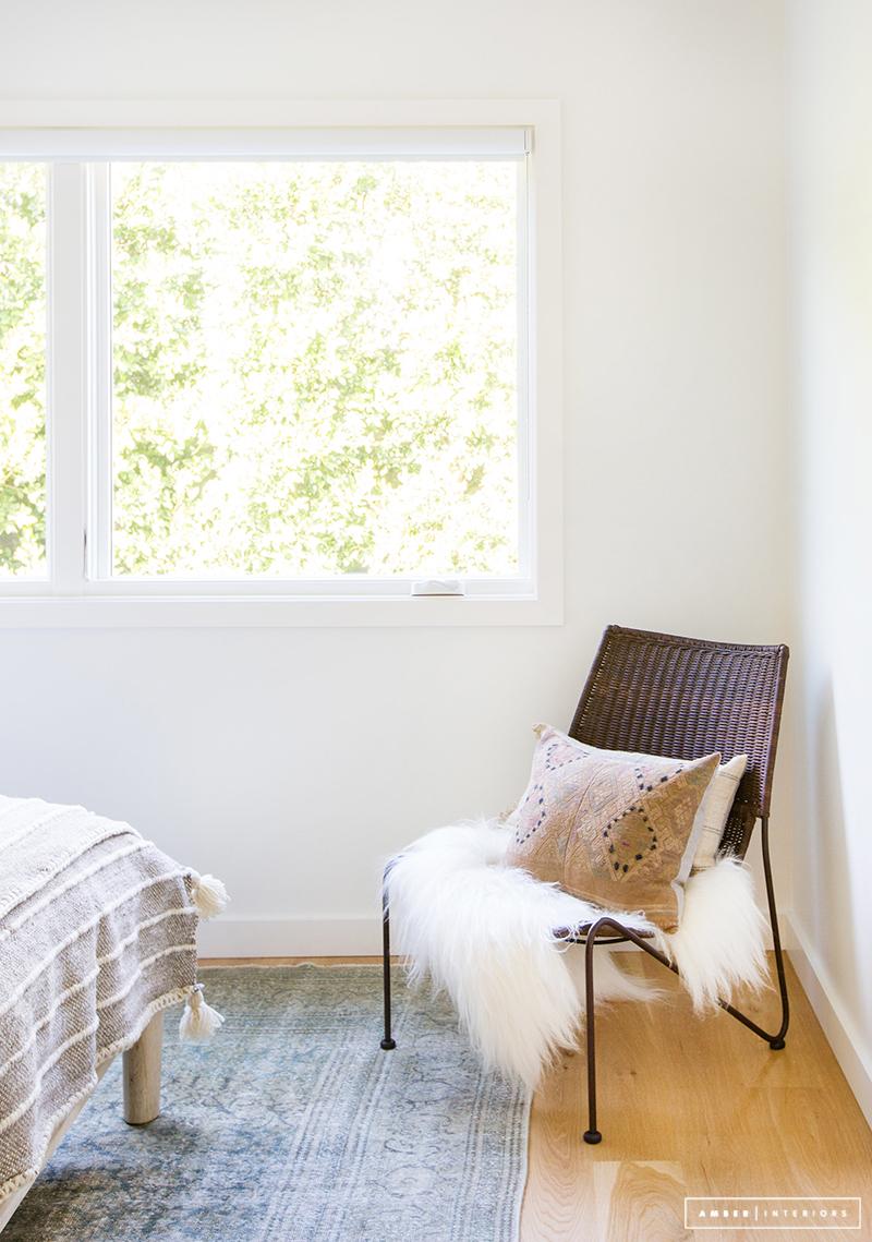 Minimalist Mid-Century bedroom sitting chair