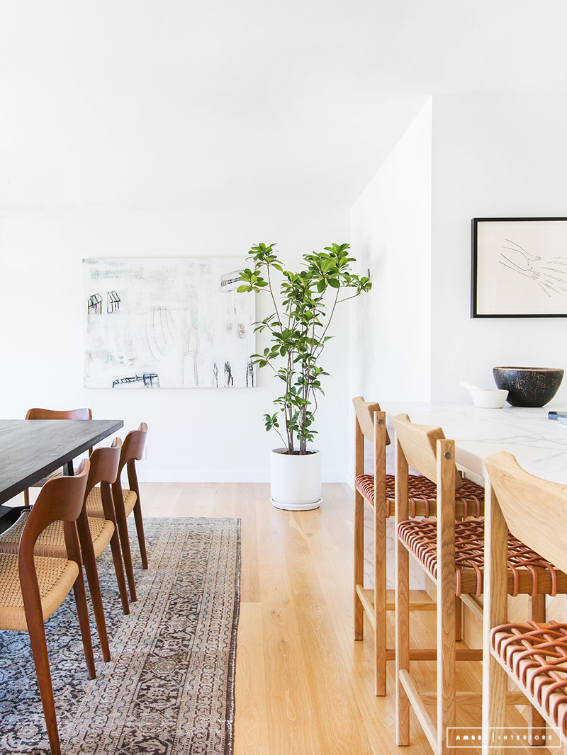 Minimalist Mid-Century dining and kitchen chairs