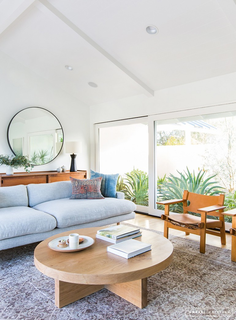 A minimalist mid century home tour for Minimalist home tour
