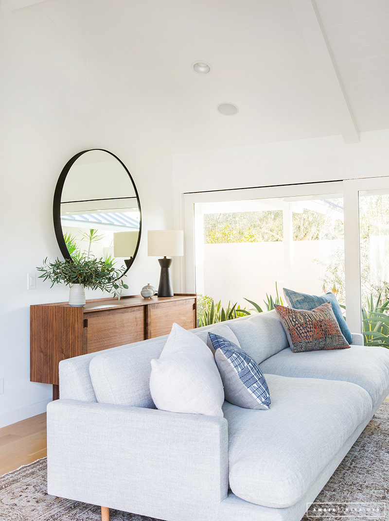 fetching minimalist living room | A Minimalist Mid-Century Home Tour