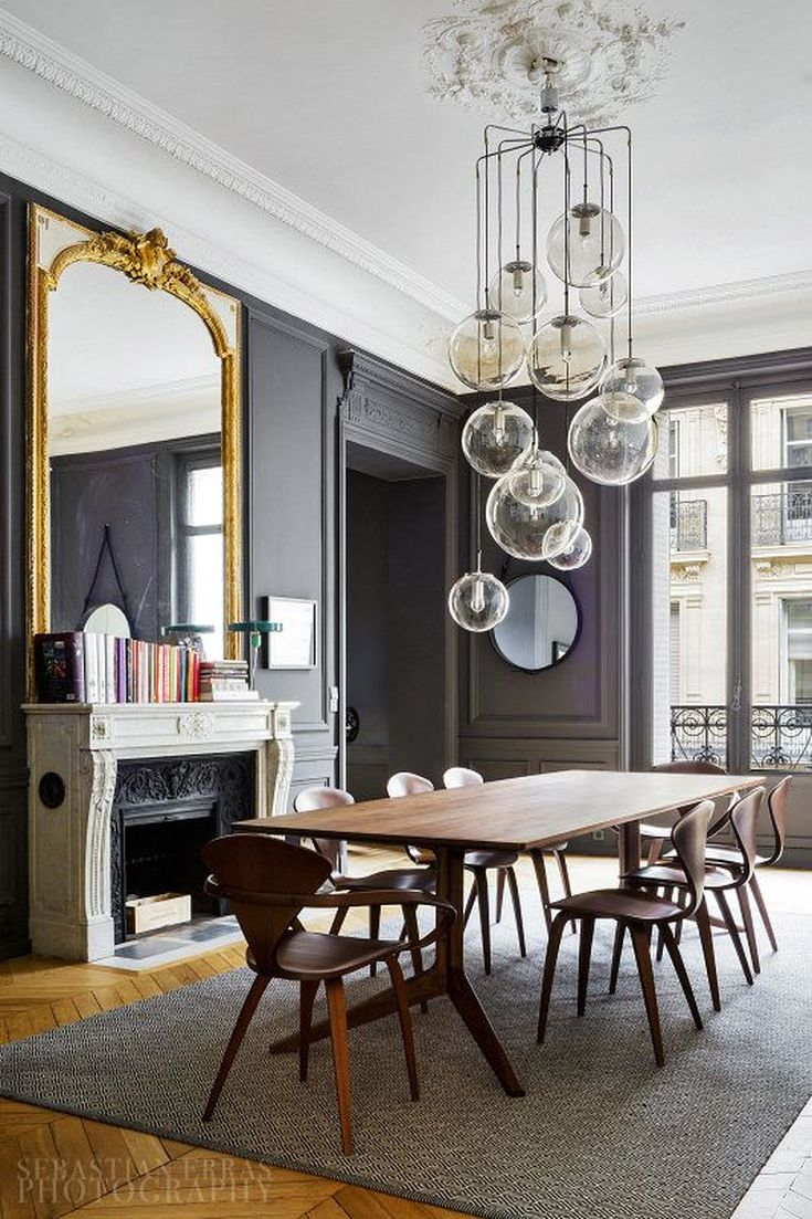 Parisian dining room