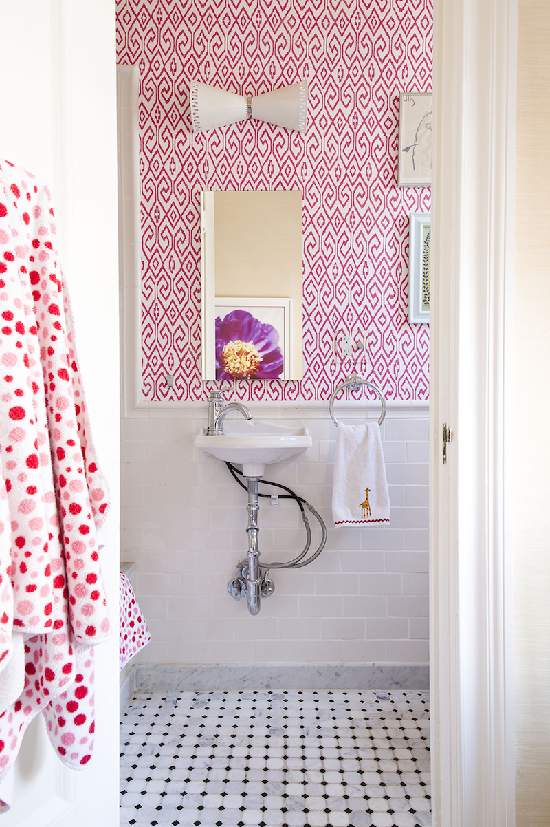 Pink pattern wallpaper in bathroom by Lilly Bunn
