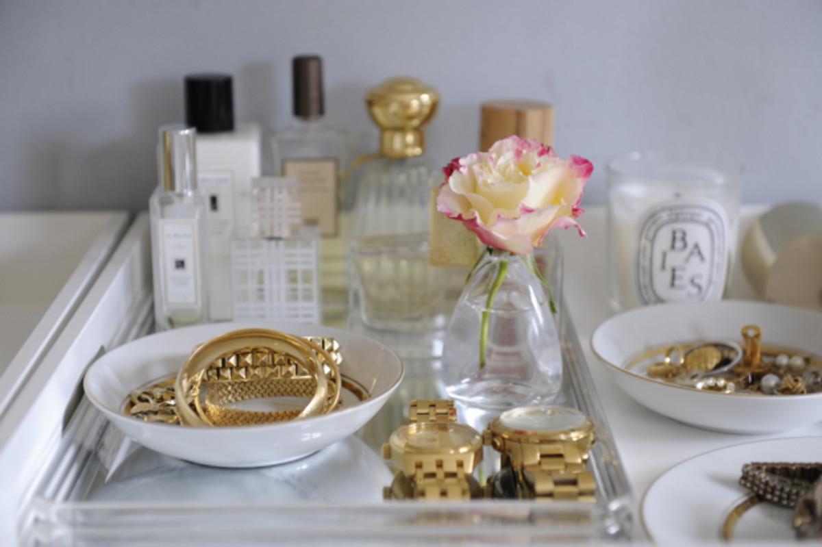 Vanity tray via cupcakesandcashmere