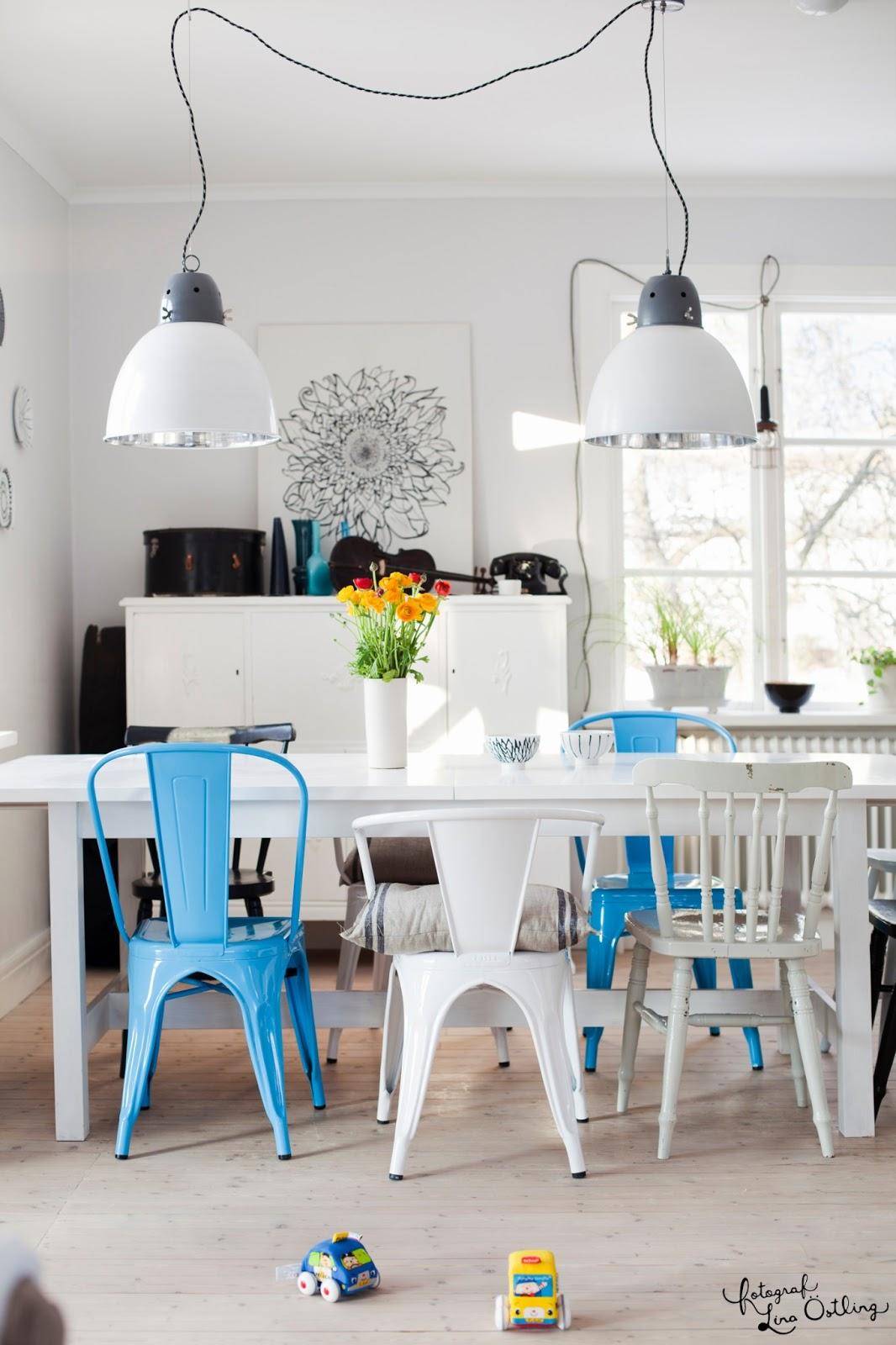Blue tolix dining chair via Lina Ostling