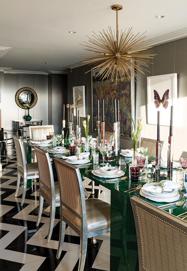 Starburst chandelier in Steven Shadowitz dining room