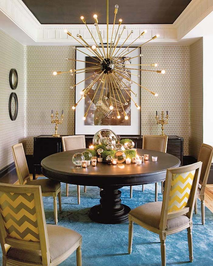 Traditional dining room with sputnik chandelier