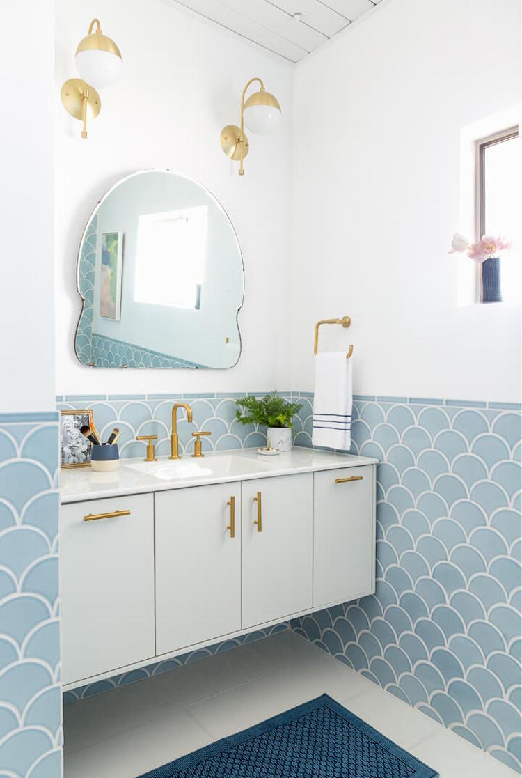 Blue Scallop Tiles Emily Henderson S Renovated Master Bathroom