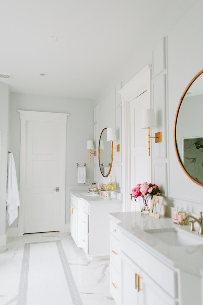 Marble tile bathroom floors
