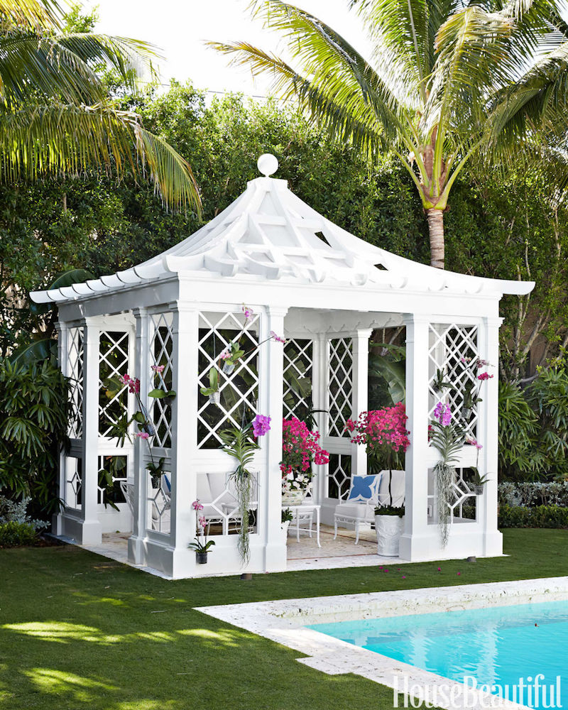 Palm Beach house with chinoiserie pagoda