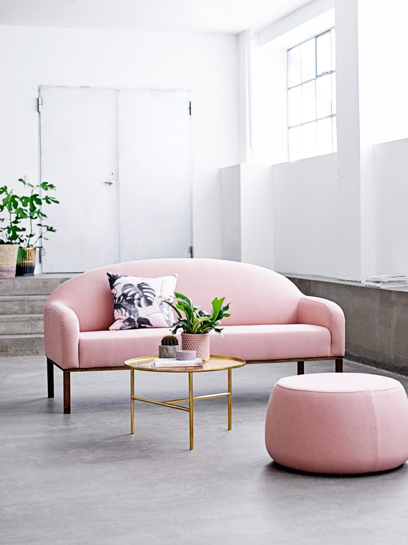 16 chic blush pink sofas how to style them for Interior design sofas living room