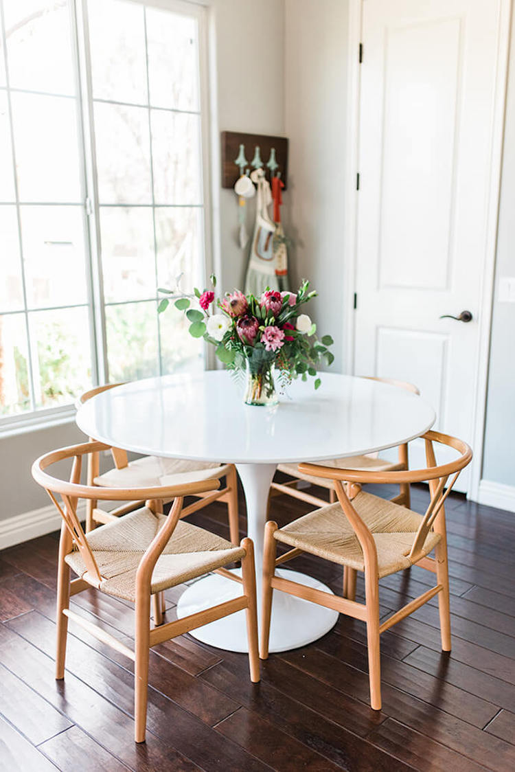 Wishbone Chairs : 8 of Our Absolute Favorites