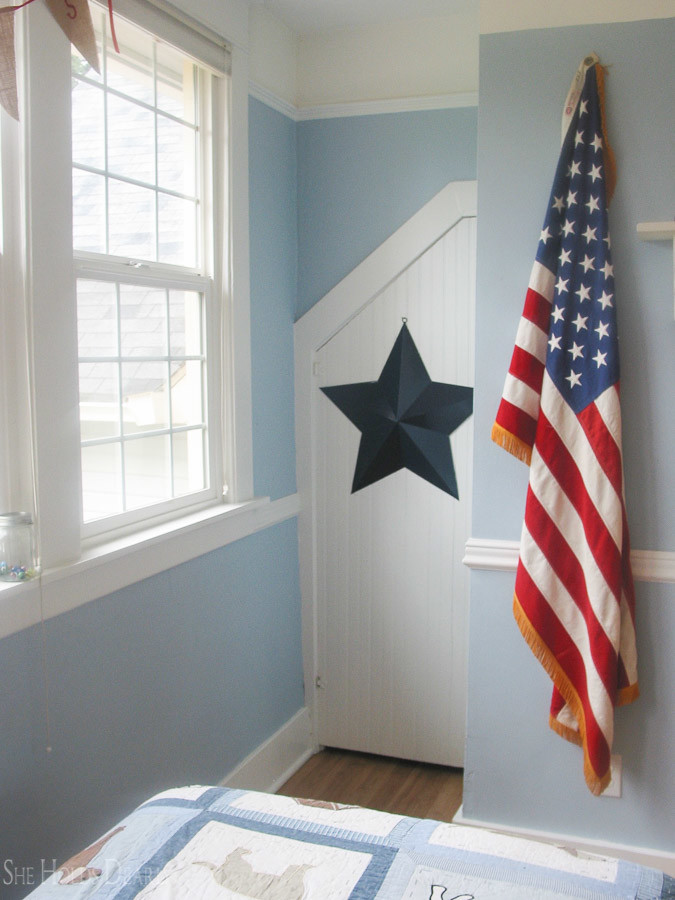 Hanging American flag via She Holds Dearly