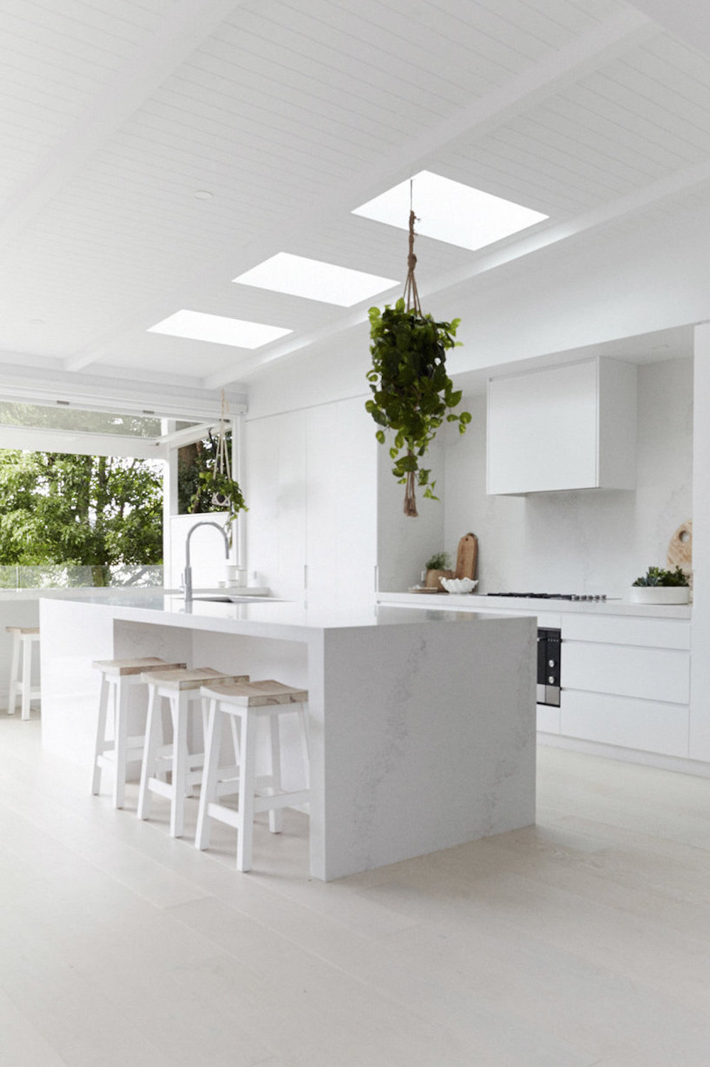Kitchen with sun roof window