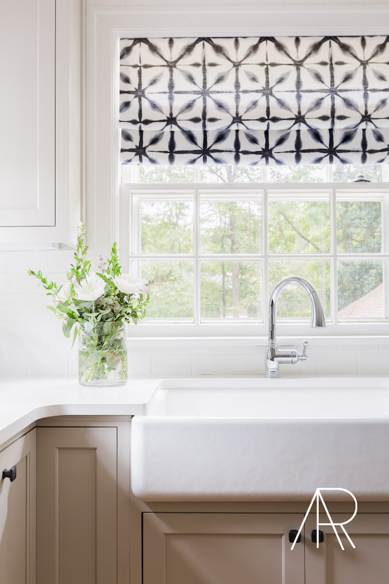 Farmhouse Sink via Alyssa Rosenheck