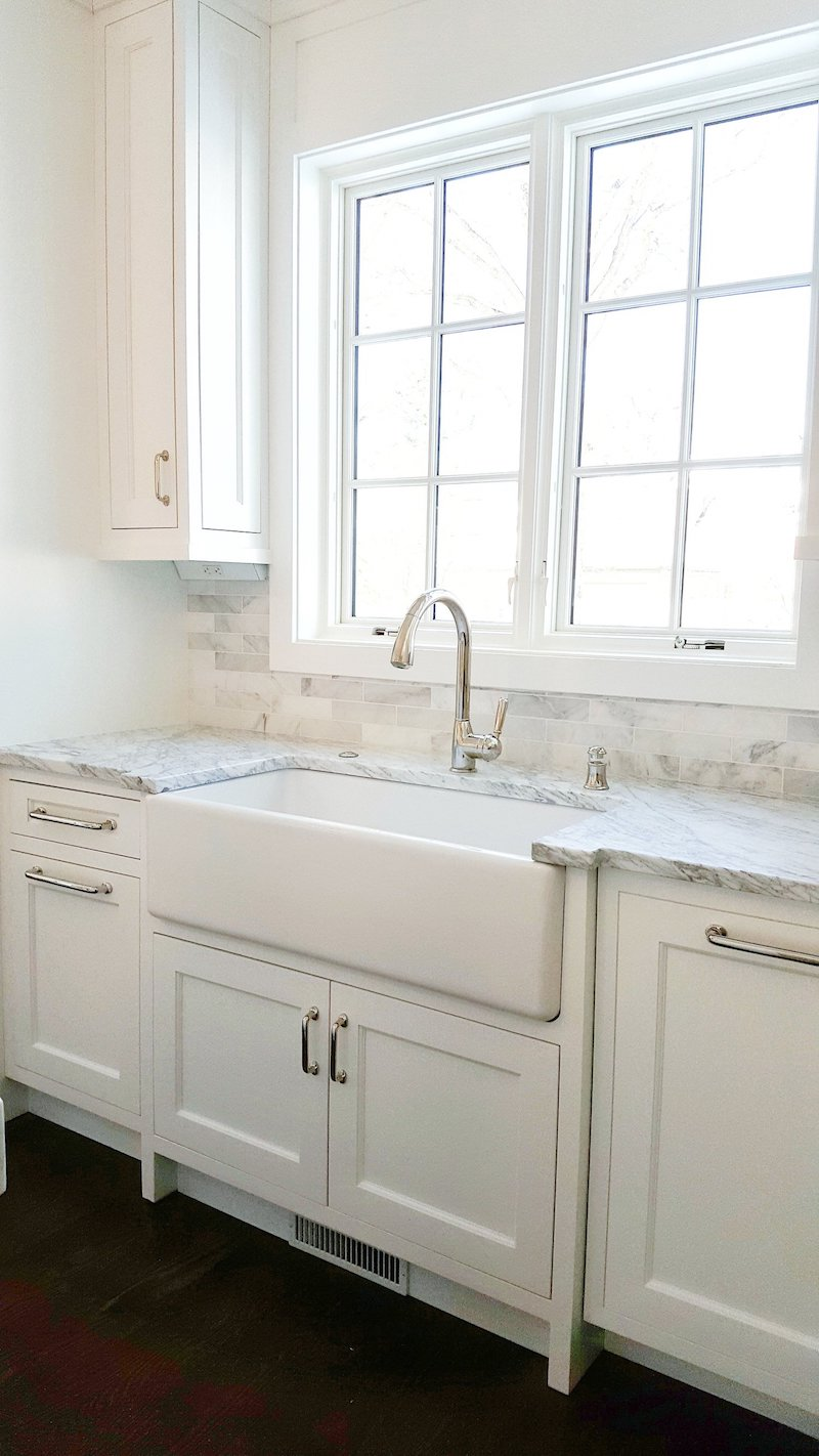 Farmhouse sink via ashstreetinteriors